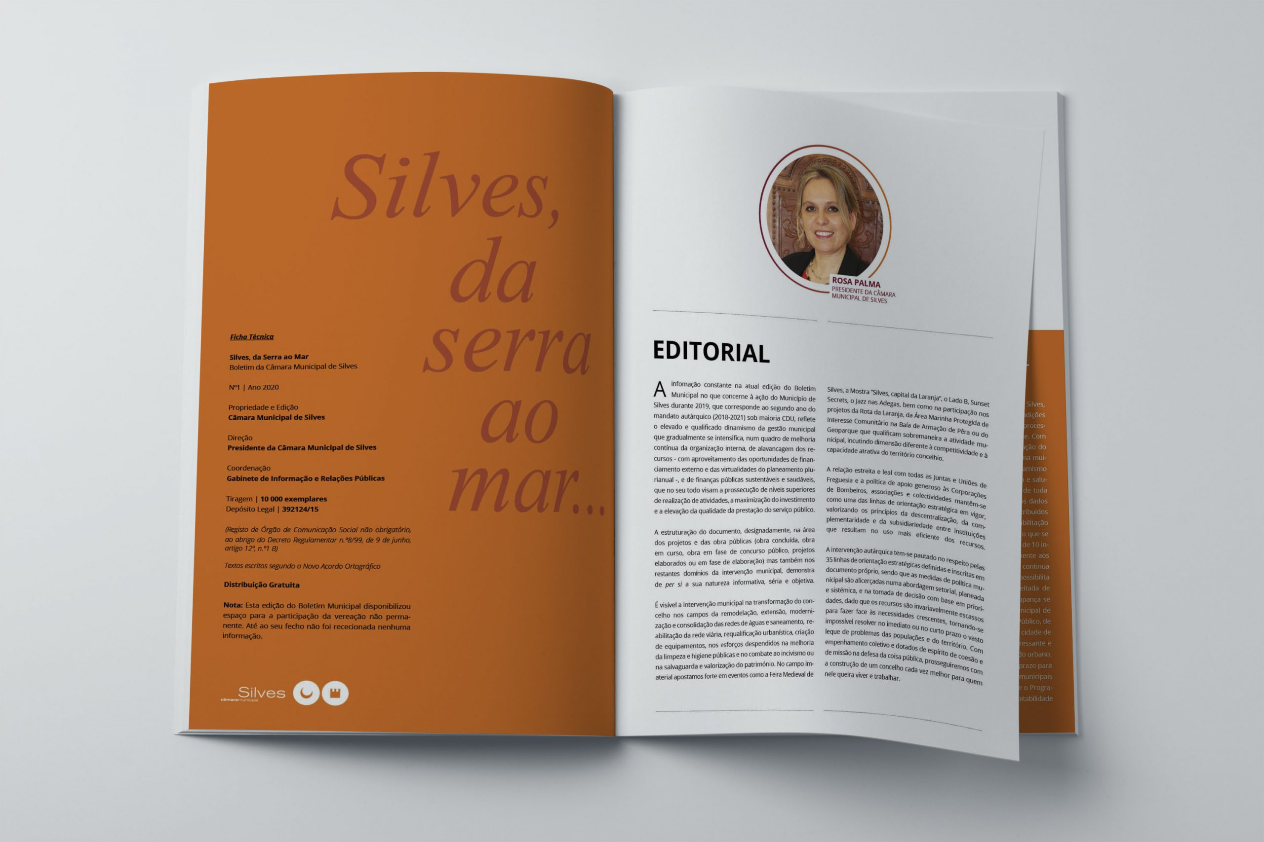 a4_magazine_mockup_spread_squed_page
